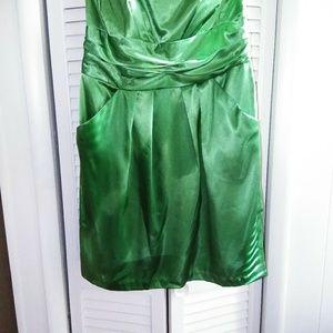 Sleeveless woman's dress